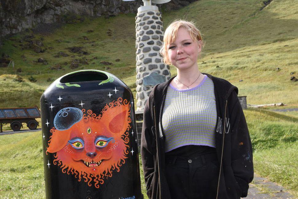 Ísabella Tórshamar, 19 ára Vestmanneyingur, hefur nýtt sköpunargleðina í sumar ...