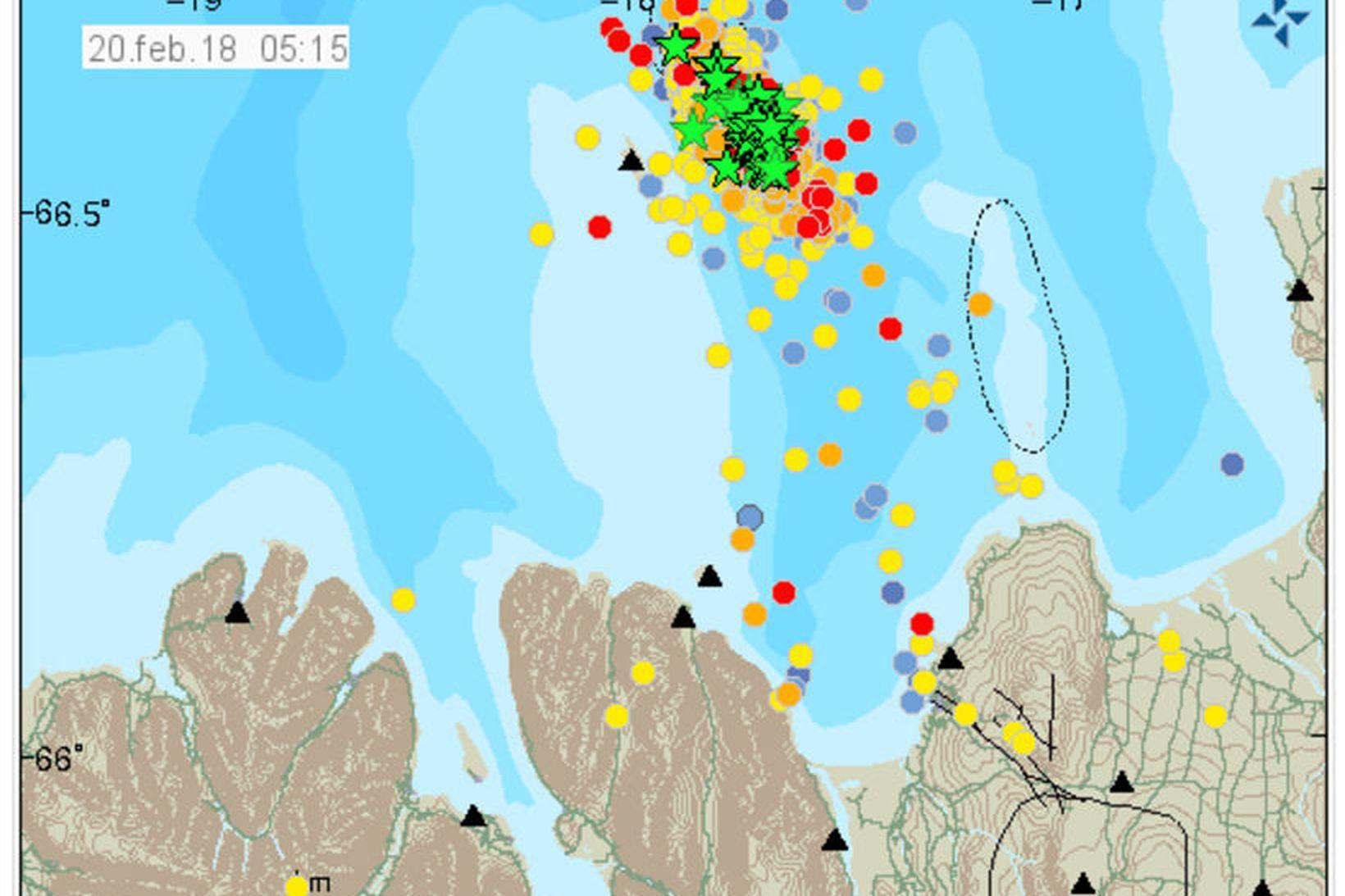 Lítið lát er á skjálftunum við Grímsey.