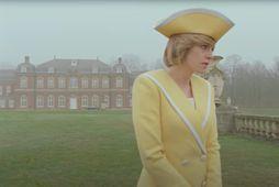 Kristen Stweart í hlutverki Díönu prinsessu í kvikmyndinni Spencer.