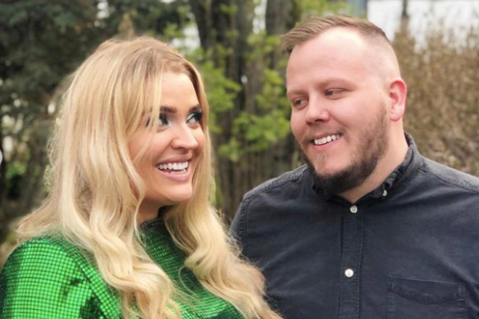 Elísabet og Sindri eiga von á barni í desember.