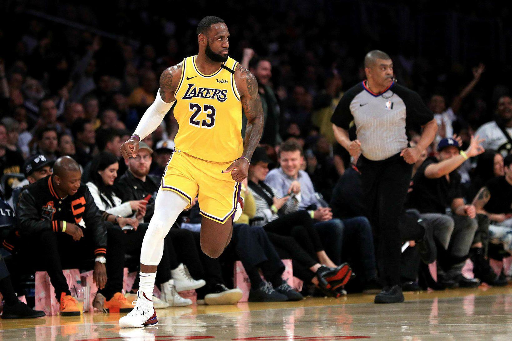 LeBron James var stigahæstur í liði Lakers í nótt og …