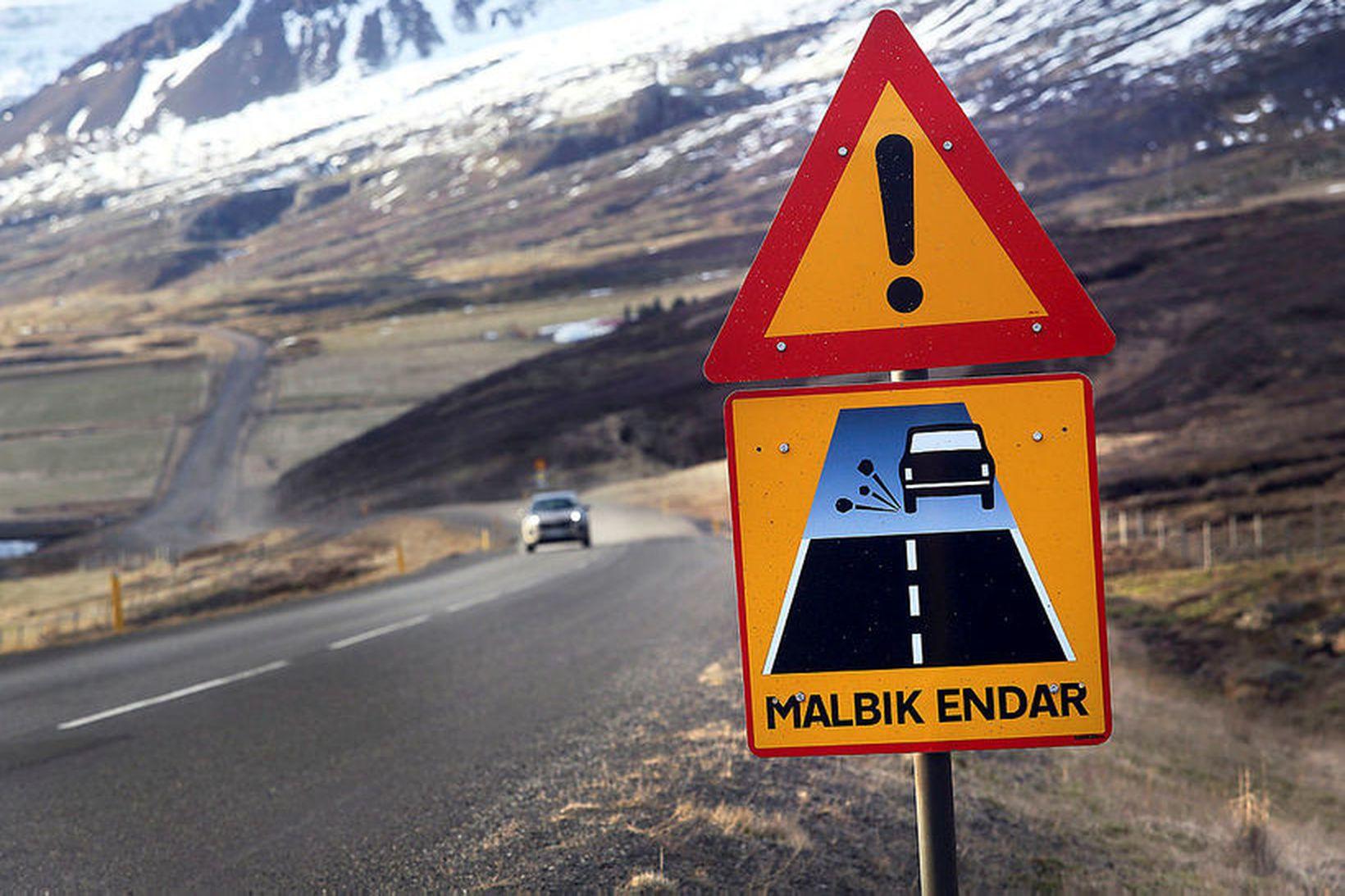 Þar sem malbikið endaði í Berufirði er nú bundið slitlag.