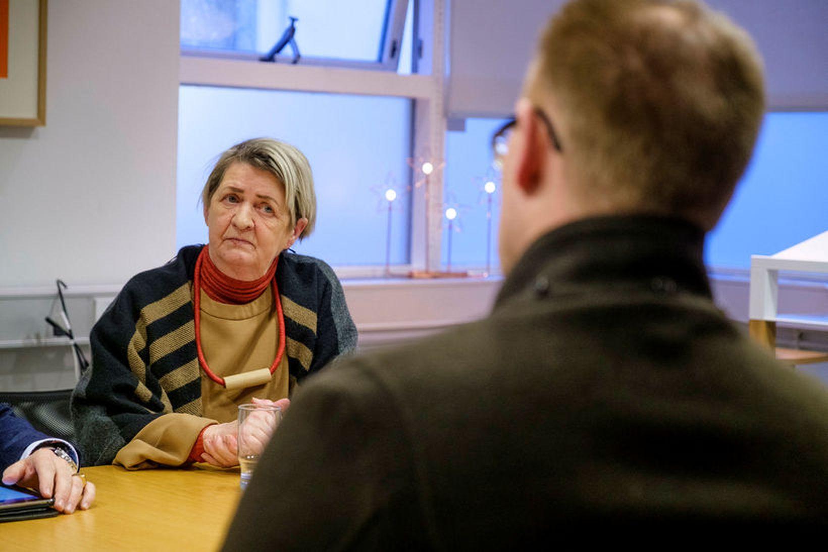Guðrún Ögmundsdóttir á blaðamannafundinum.