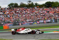 Romain Grosjean á ferð í Monza.