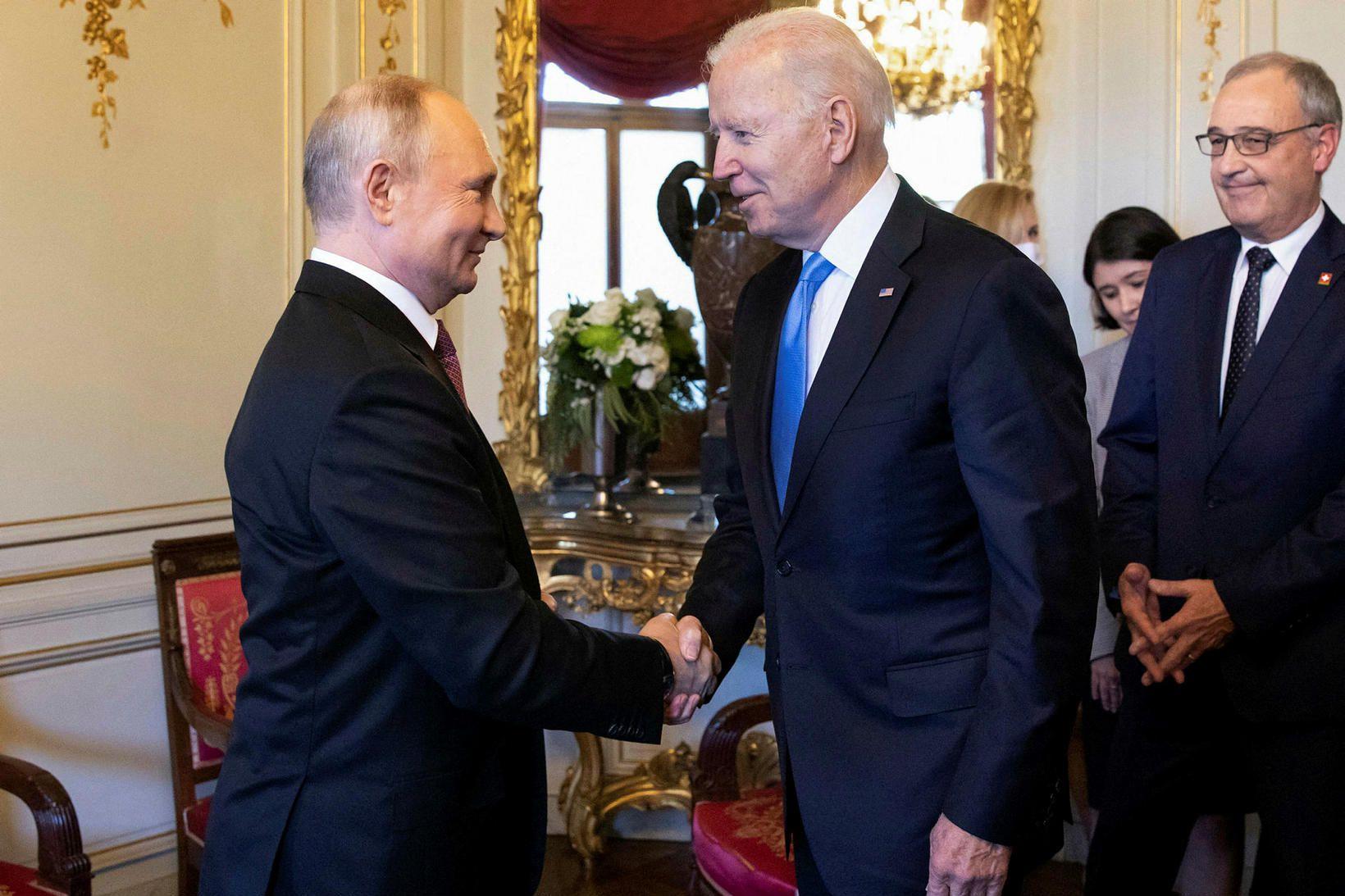 Pútín og Biden í Genf í síðustu viku.