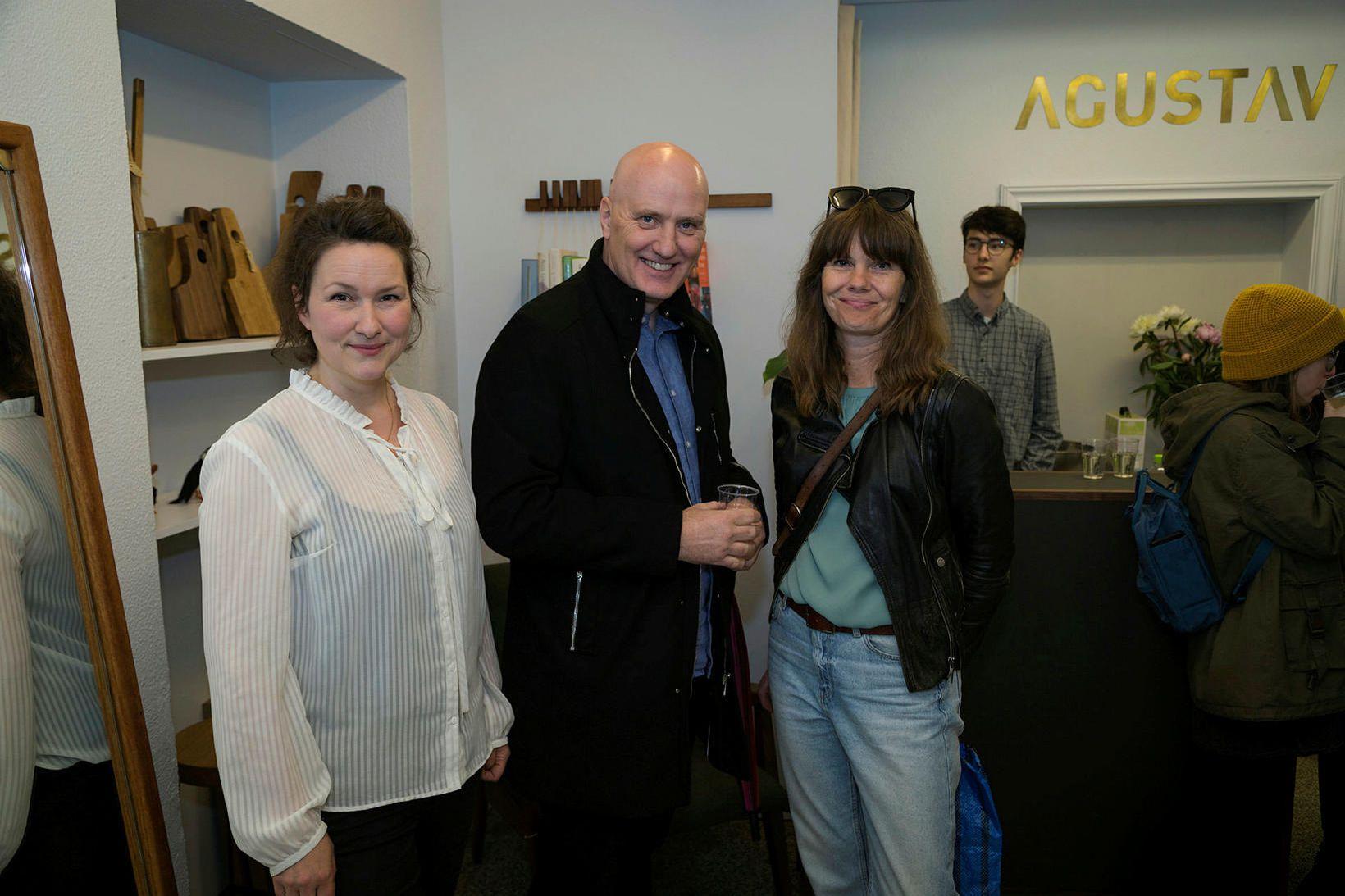 Ágústa Magnúsdóttir, Sindri Gunnarsson og Sara Jónsdóttir.
