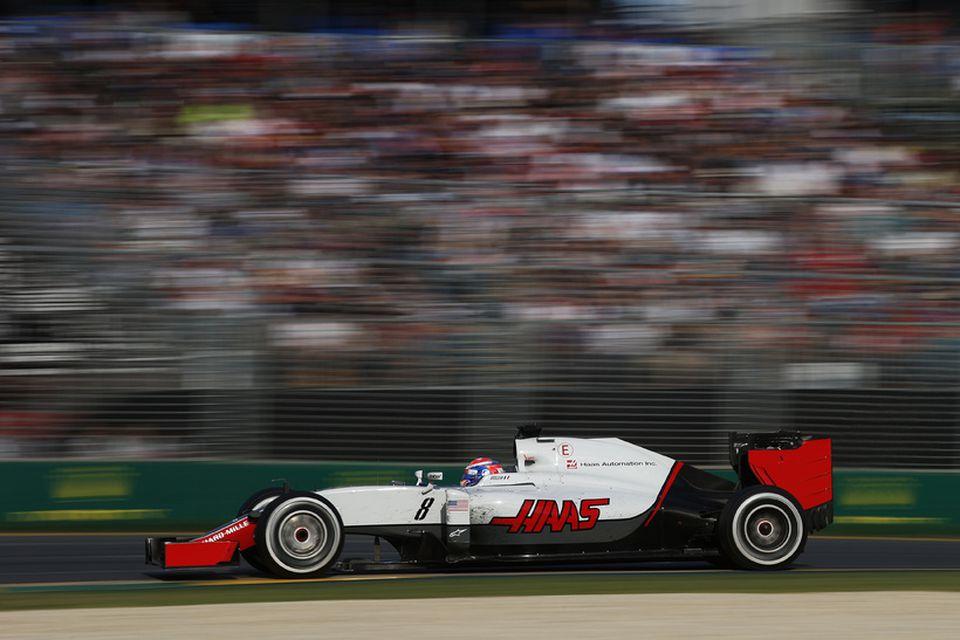 Romain Grosjean á ferð til sjötta sætis á Haas-bílnum í Melbourne