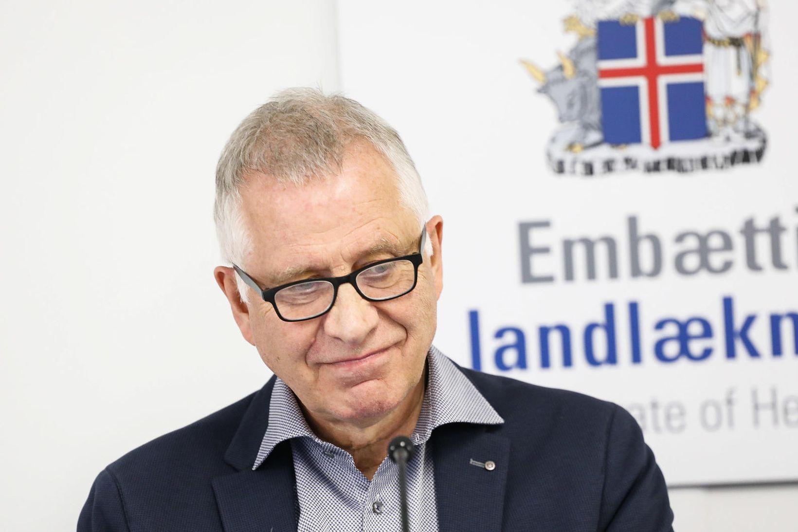 Þórólfur Guðnason sóttvarnalæknir sagðist hafa glott út í annað yfir …