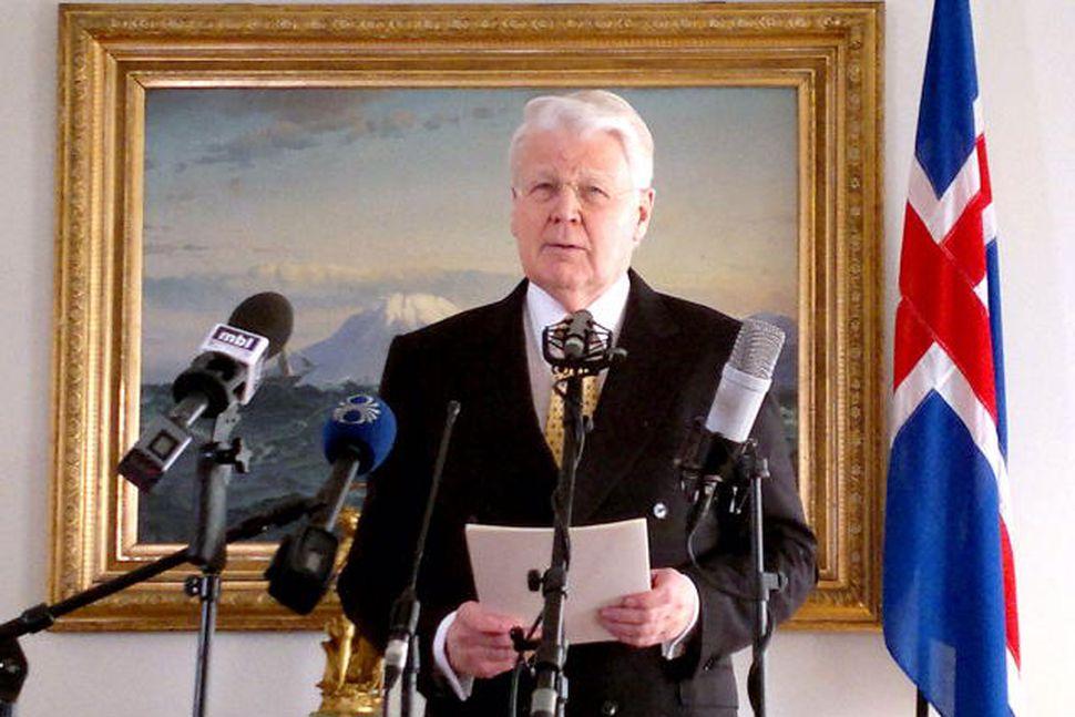 Herra Ólafur Ragnar Grímsson á Bessastöðum.