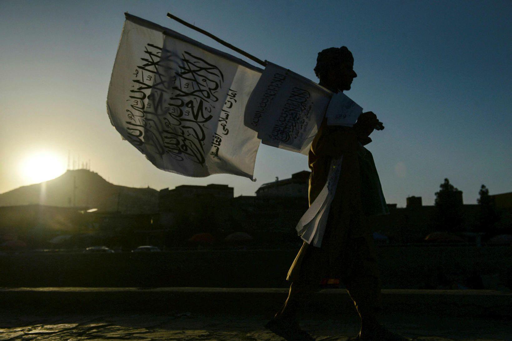 Talíbanar tóku völd í Afganistan fyrir mánuði síðan.