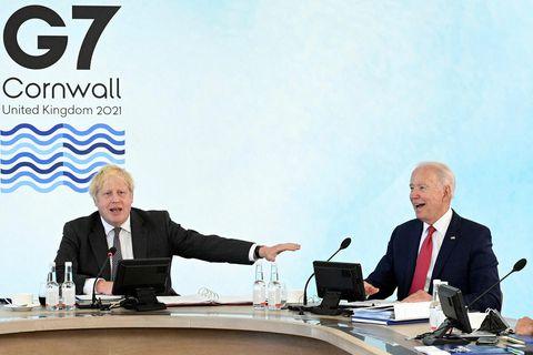 Boris Johnson, forsætisráðherra Bretlands og Joe Biden, forseti Bandaríkjanna á leiðtogafundi G7 ríkjanna sem fór …