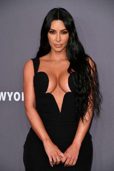 Kim Kardashian á von á sínu fjórða barni með Kanye …