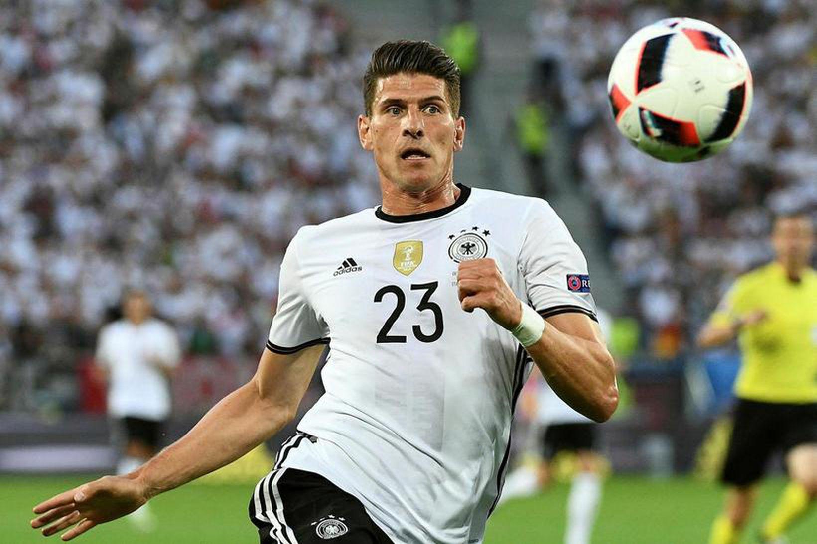 Mario Gomez í leik með Þýskalandi.