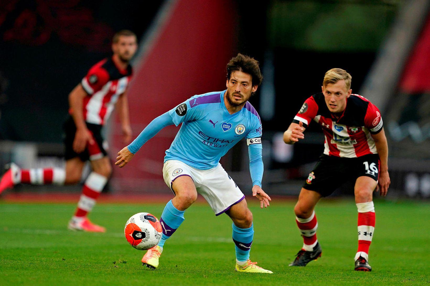 Manchester City tapaði stigum í gær.
