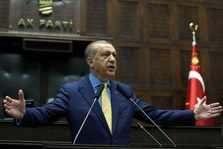 Erdogan við ræðuhöld í Ankara.