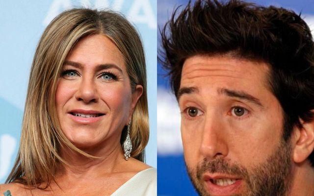 Talsmaður David Schwimmers segir hann ekki vera í sambandi með Jennifer Aniston.