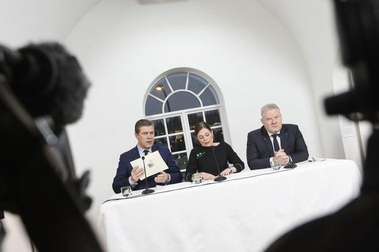 Bjarni Benediktsson, Katrín Jakobsdóttir and Sigurður Ingi Jóhannsson at the press meeting at the National ...