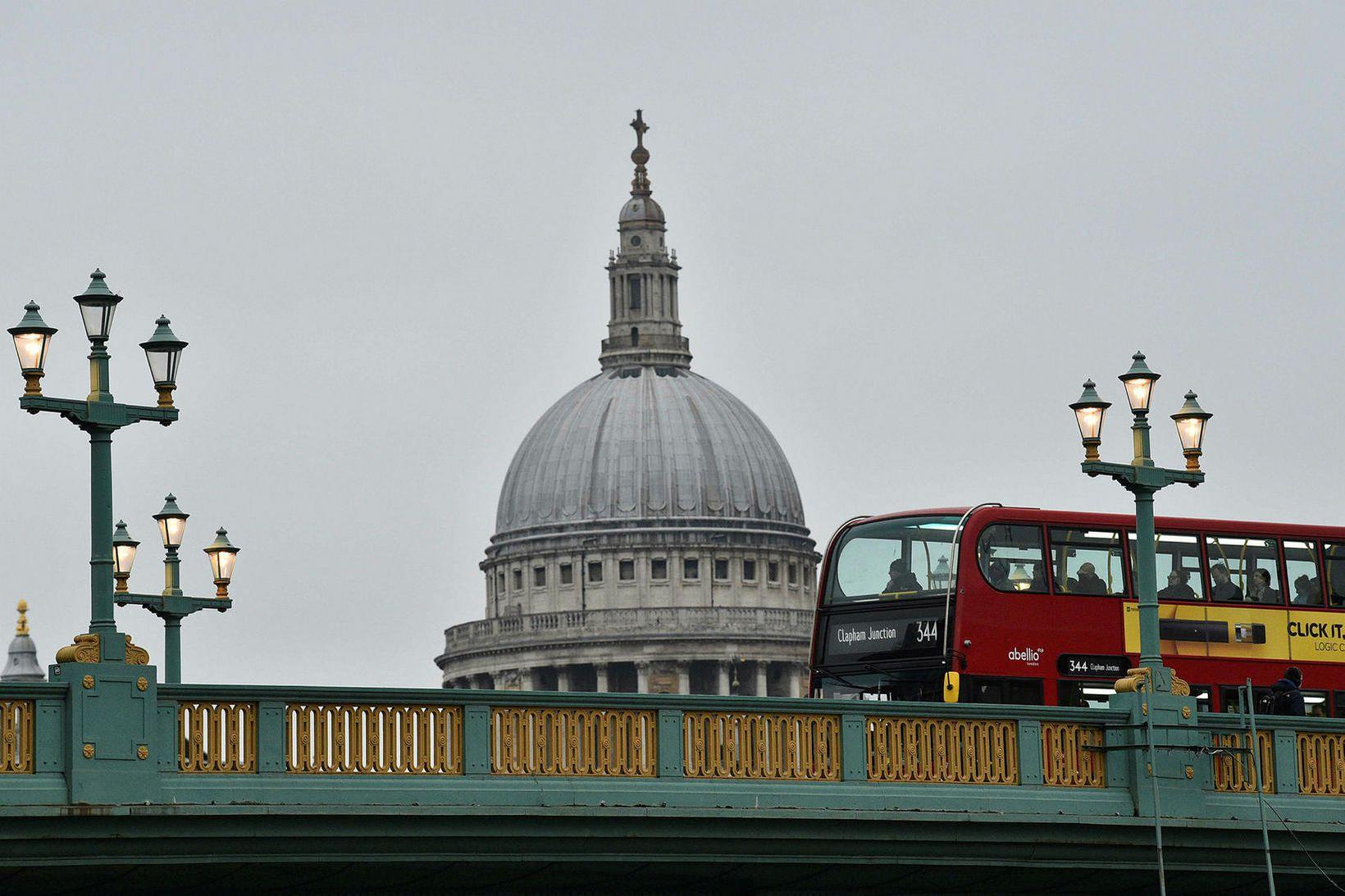 St Paul's-dómkirkjan í London.