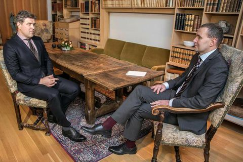 Bjarni Benediktsson, leader of the Independence Party met with President Jóhannesson on December 30th.