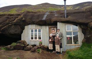 Aðstandendum The Cave people hefur tekist listilega vel til við endurgerðina.