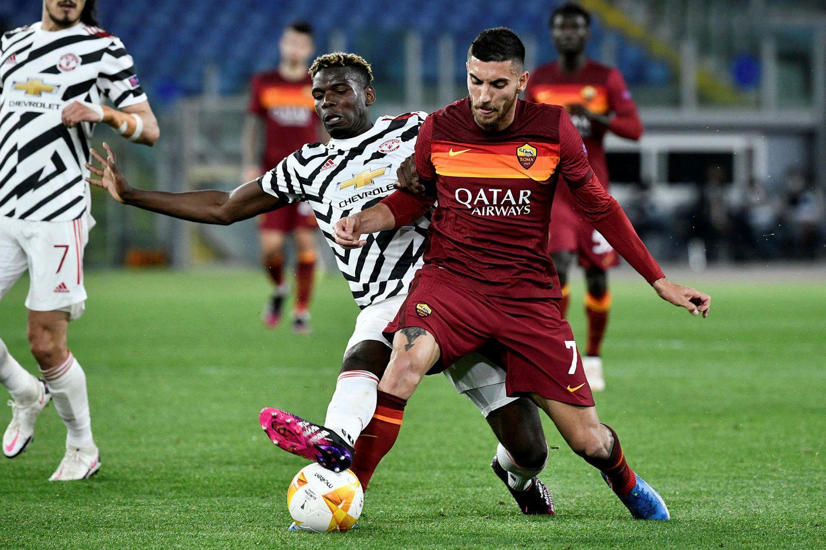 Paul Pogba og Lorenzo Pellegrini eigast við í leik Manchester …