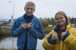 Lúkas Emil Johansen og Erlen Ísabella Einarsdóttir eru umsjónarmenn Stundarinnar okkar.