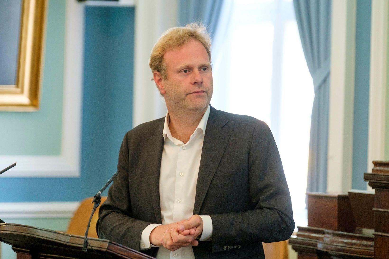 """Kolbeinn Óttarsson Proppé talaði um """"ráðherralufsu"""" á Alþingi í dag."""