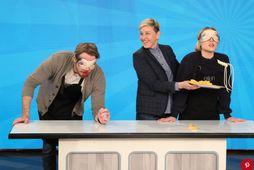 Þáttastjórnandinn Ellen sendi góða gesti í blindpróf á mat.