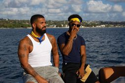 Drake nýtur lífsins á Barbados.