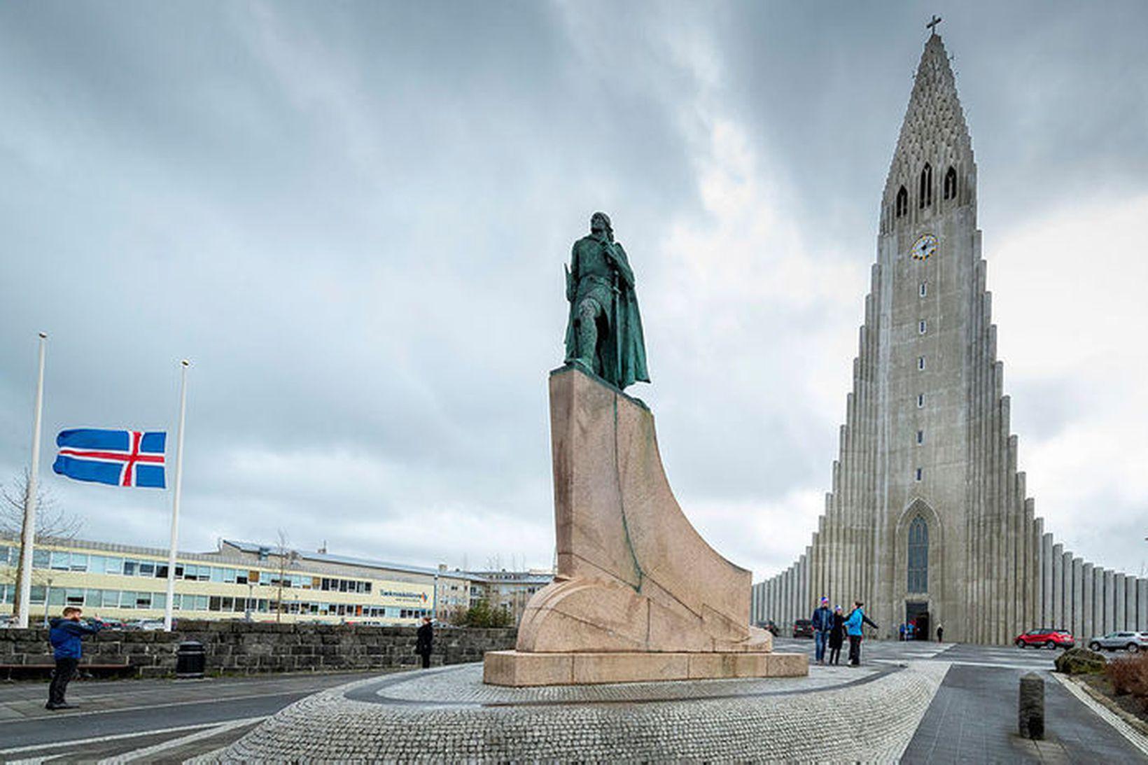 Aðstæður í hverju landi fyrir sig voru metnar með tilliti …