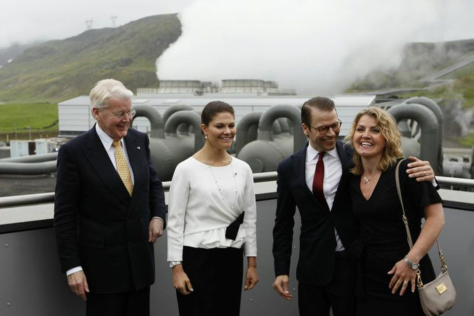 Ólafur Ragnar Grímsson, forseti Íslands, Daníel prins, Viktoría krónprinsessa og Elín Smáradóttir, lögfræðingur Orkuveitu Reykjavíkur.