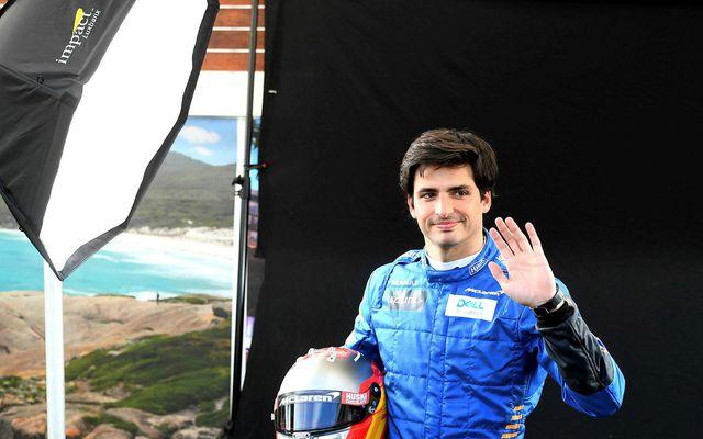 Ekkert verður af þátttöku Carlos Sainz í Melbourne þar sem lið hans, McLaren, hefur hætt …