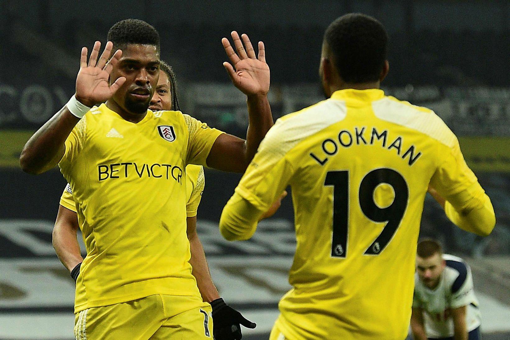 Ivan Cavaleiro fagnar jöfnunarmarki sínu gegn Fulham.