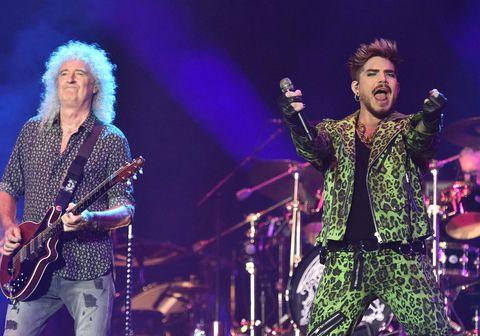 Hljómsveitin Queen og Adam Lambert spiluðu þekkt tónlistaratriði frá Live Aid-tónleikunum frá 1985 á styrktartónleikum sem haldnir voru vegna kjarreldanna í Ástralíu á sunnudag.