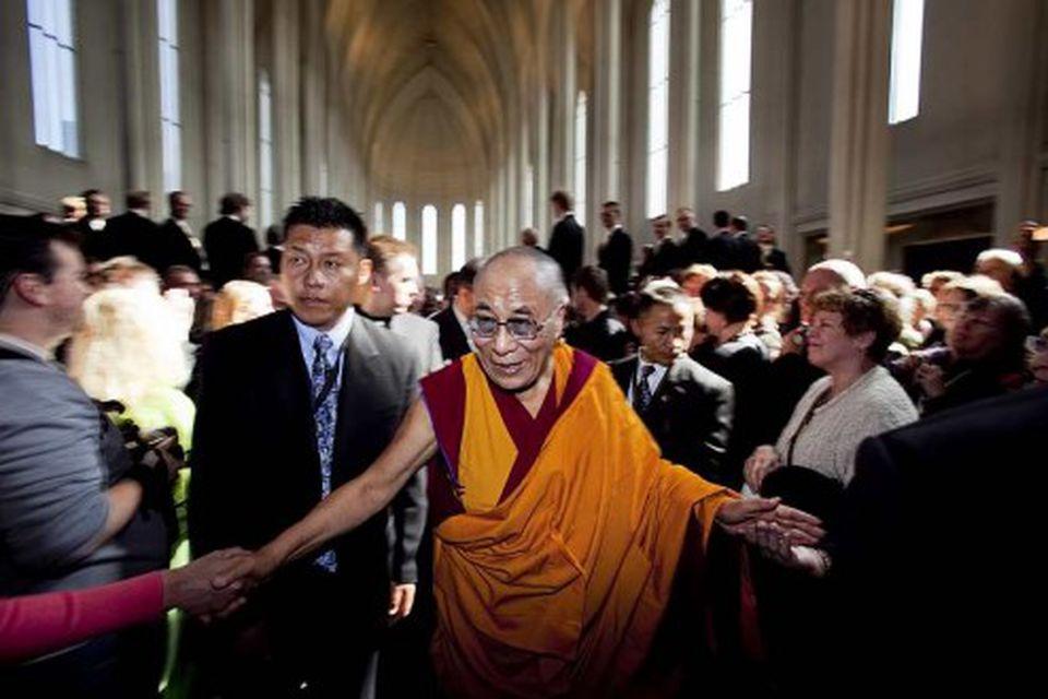 Dalai Lama kemur í Hallgrímskirkju í boði biskups Íslands.