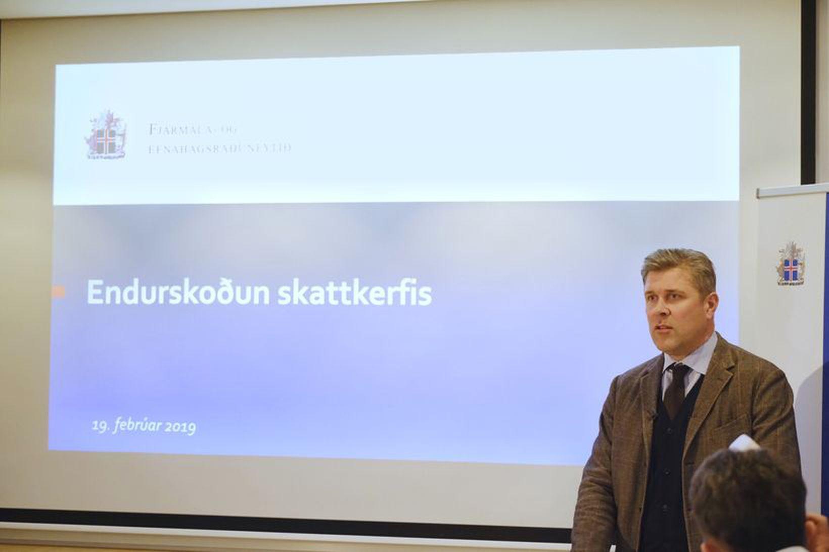 Bjarni Benediktsson fjármála- og efnahagsráðherra kynnir tillögurnar.