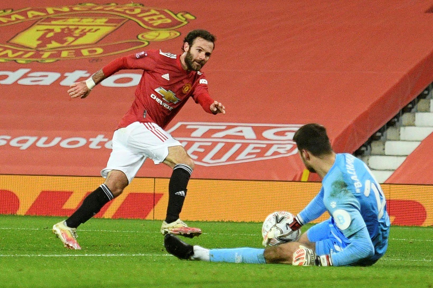 Juan Mata hefur ekki átt fast sæti í liði Manchester …