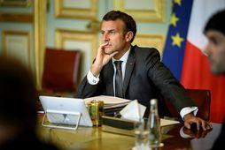 Macron Frakklandsforseti tók þátt í fundinum úr Elysee-höll í París.