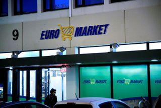 Samkvæmt heimildum Morgunblaðsins er hlutafé í Market ehf., sem rekur Euromarket, meðal þeirra fjármuna sem ...