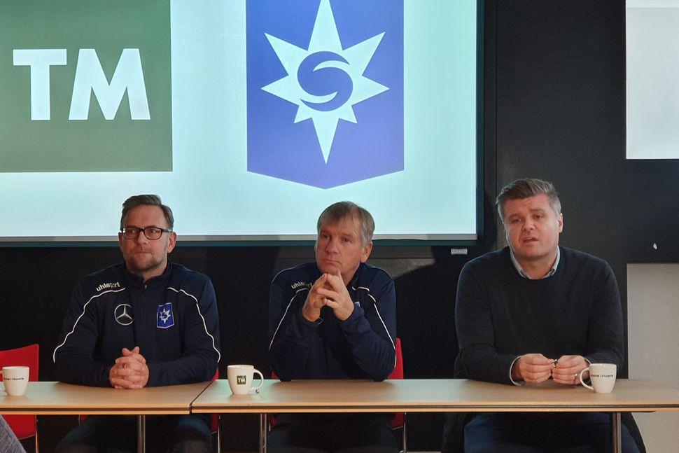 Ólafur Jóhannesson og Rúnar Páll Sigmundsson á blaðamannafundi í dag.