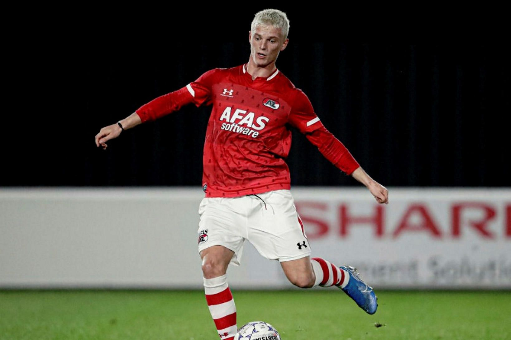 Albert Guðmundsson leikur með AZ Alkmaar.