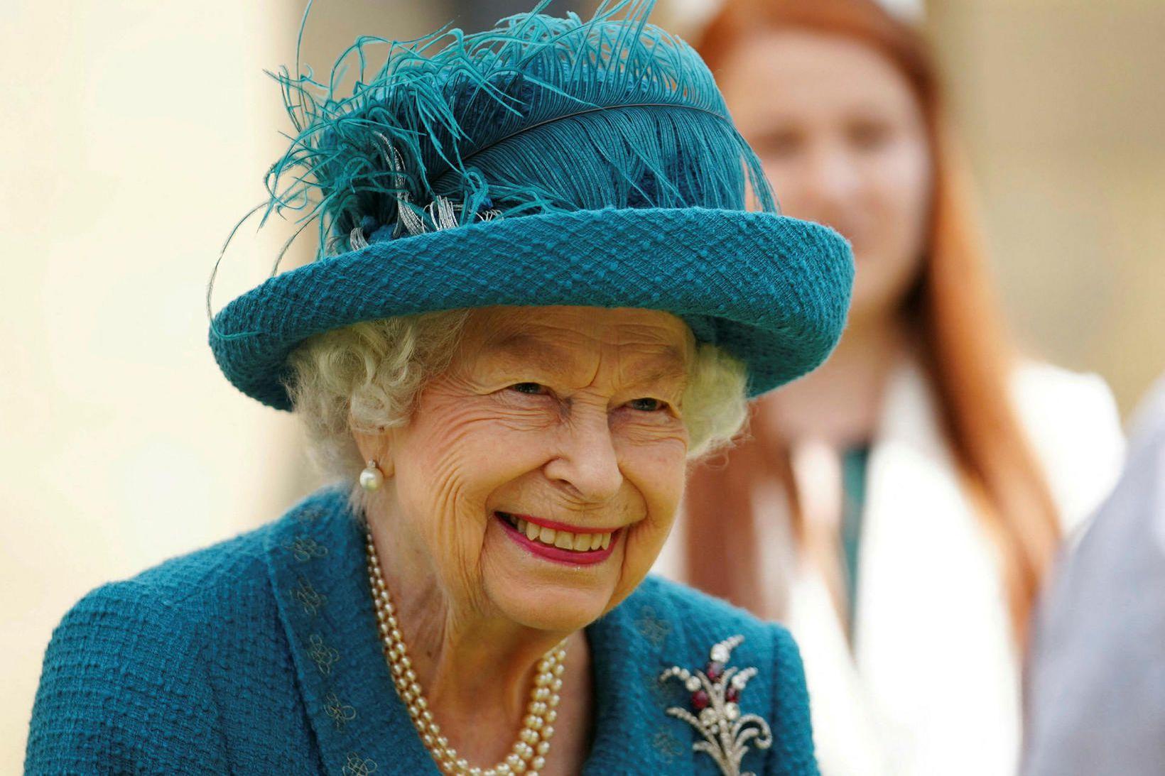 Elísabet II Bretadrottning fór til Sandringham um helgina.