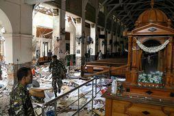 Frá kirkjunni St. Anthony's Shrine á Sri Lanka þar sem ein af sprengjunum sprakk.