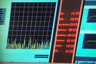 ESA missti samband við Rosettu kl. 11:19 að íslenskum tíma og var það staðfesting á ...