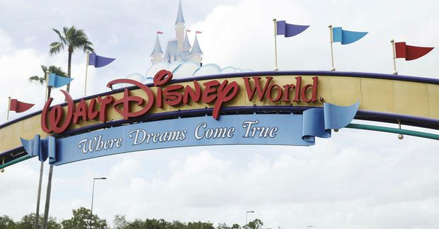 Disney World í Flórída opnar aftur um helgina.