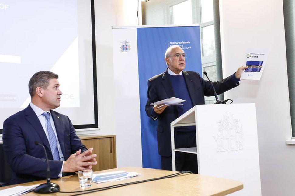 Bjarni Benediktsson fjármálaráðherra og Angel Gurría, framkvæmdastjóri OECD, á fundi ...
