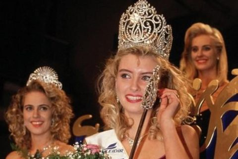 Pétursdóttir winning Miss World in 1988.