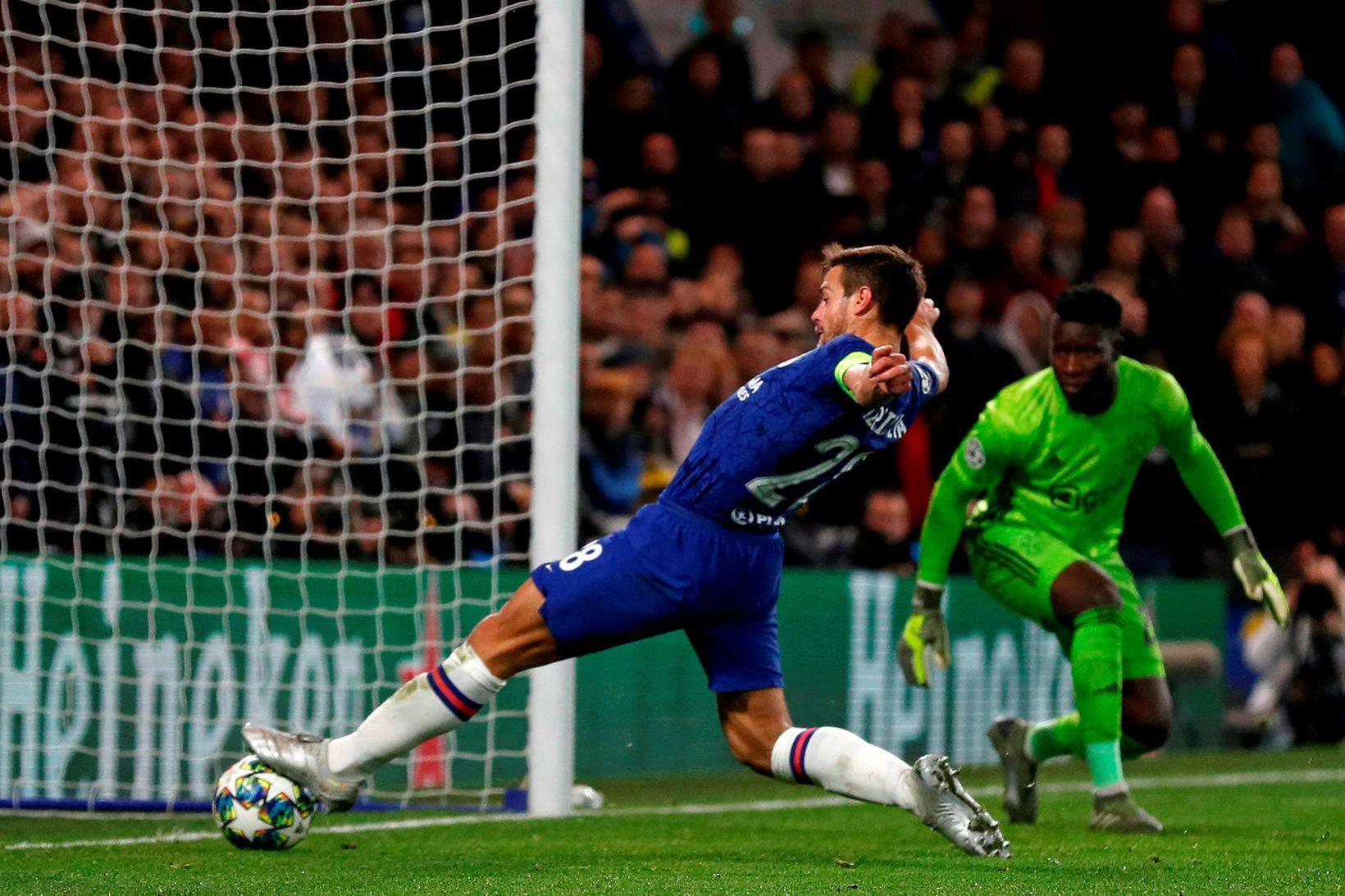 Chelsea fær Crystal Palace í heimsókn í dag.