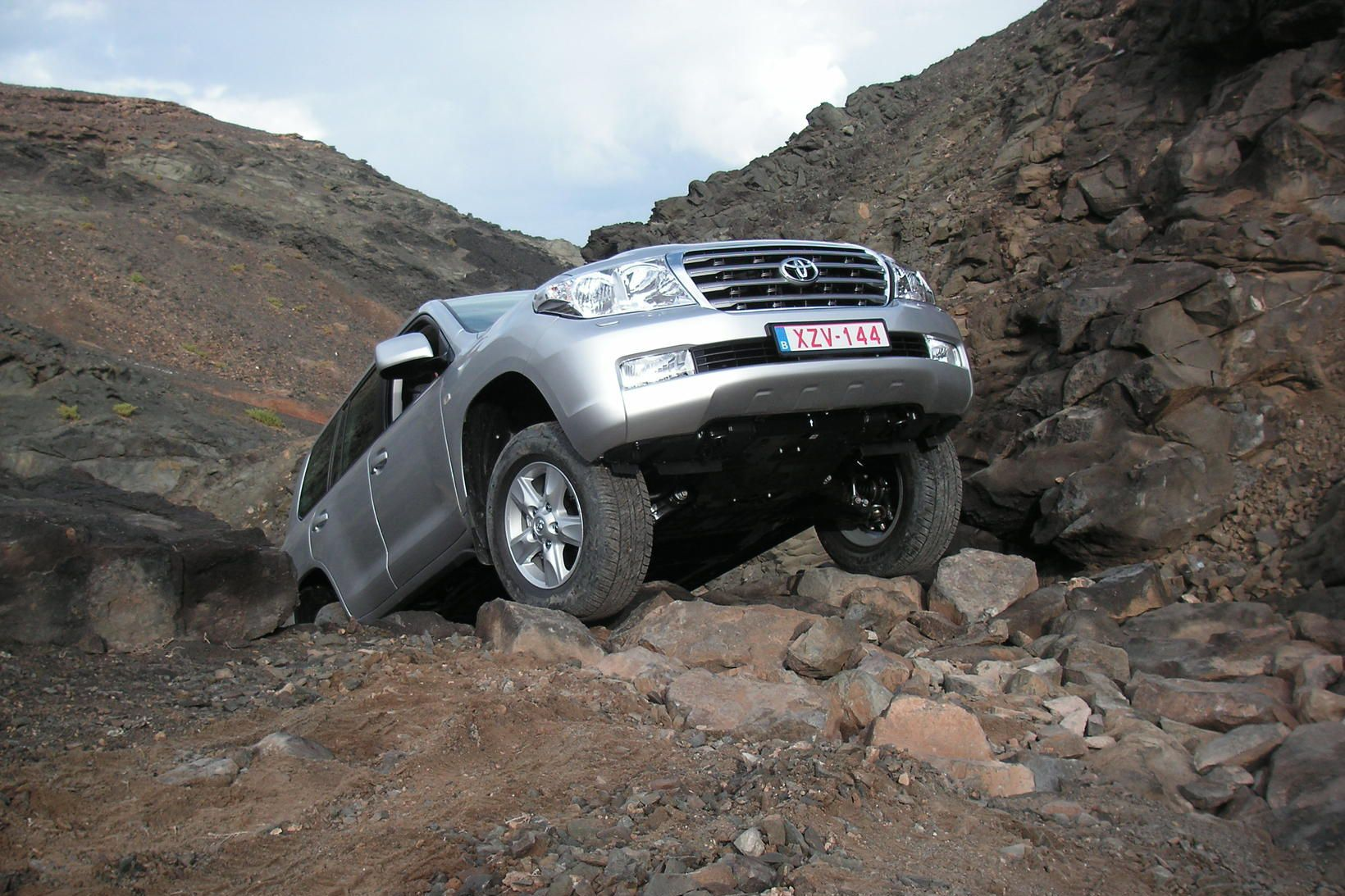 Toyota Land Cruiser tekinn til kostanna við reynsluakstur blaðamanna á …