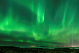 Flogið verður þrisvar sinnum í viku til Íslands frá Manchester og Birmingham.
